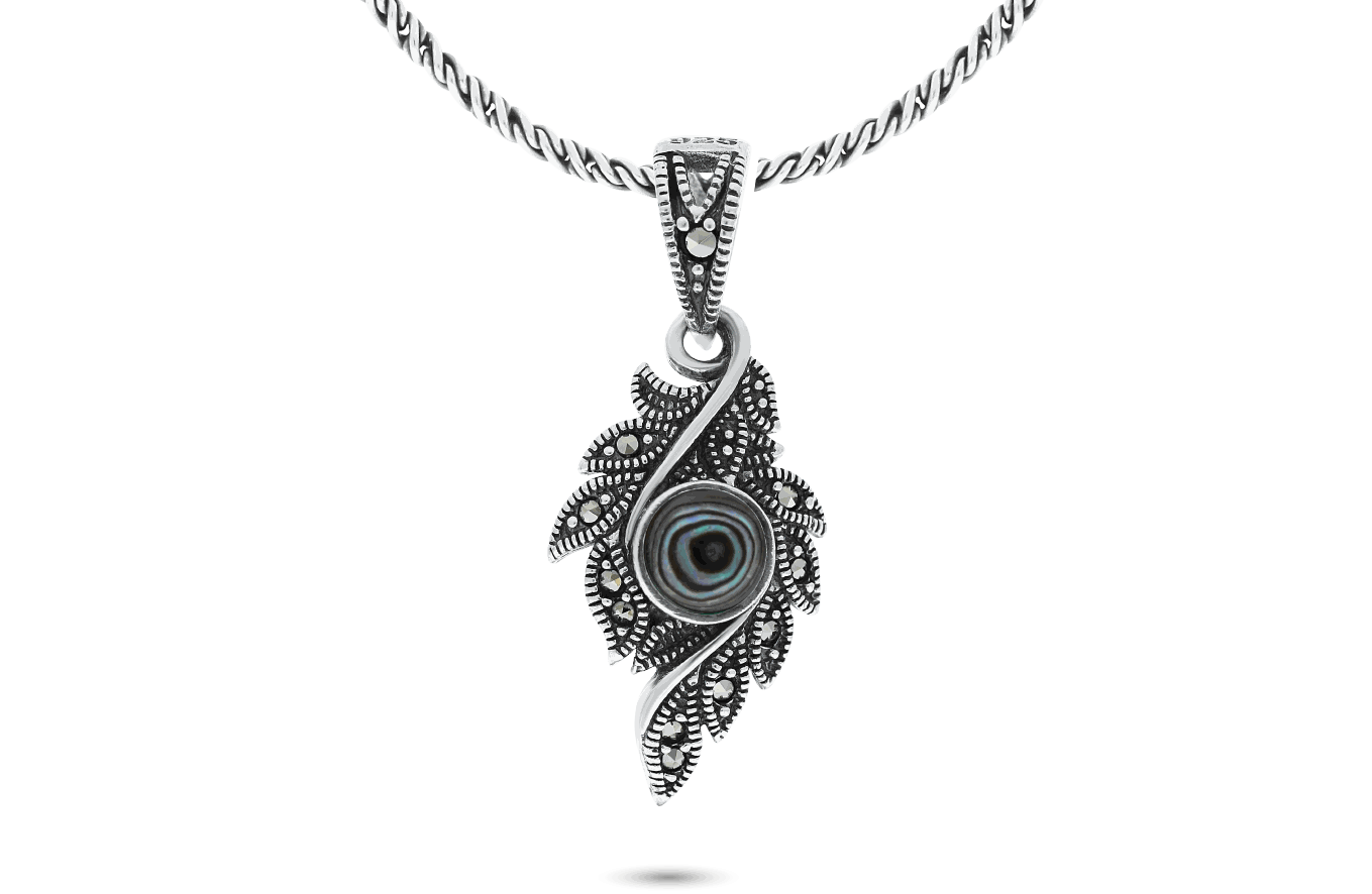 FAYENDRA Pendants and Necklaces